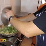 Bób i kalafior - składnik włoskiej potrawy orecchiette